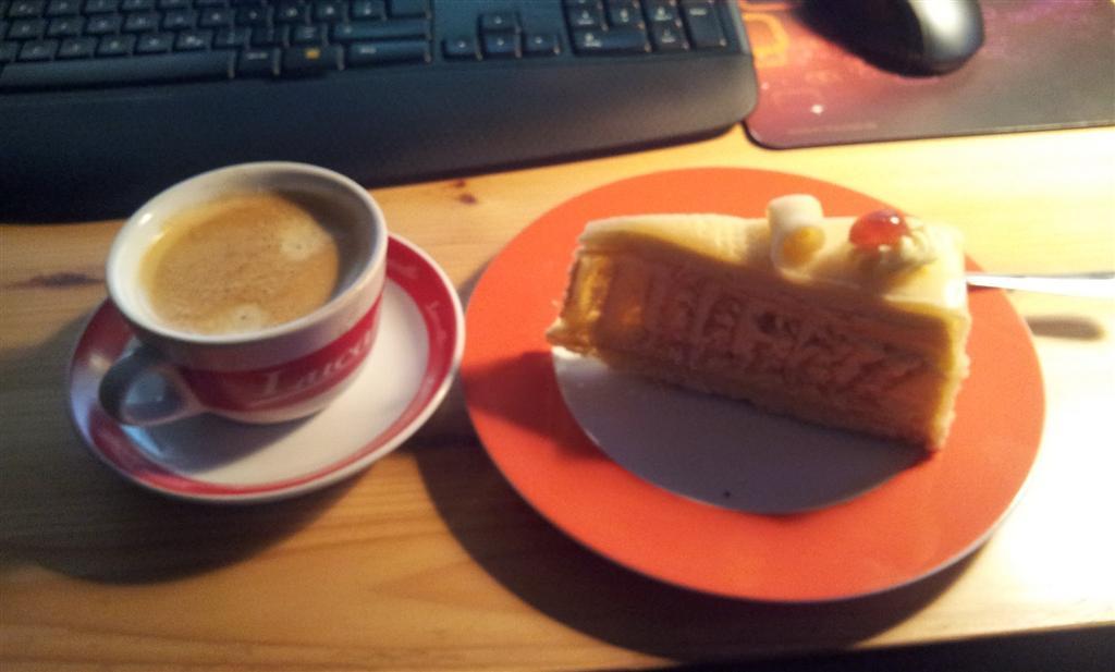 Kaffee bei Kuchen