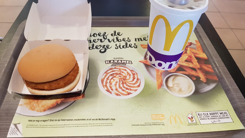McDonald s in twee landen in een dag part 2