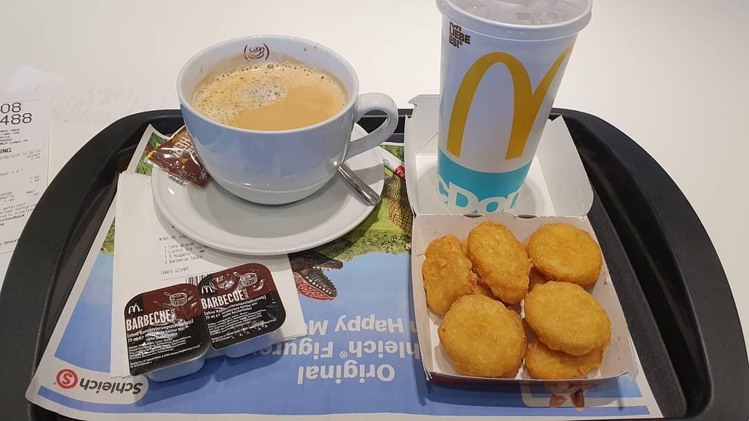 Kaffe und Mittagessen
