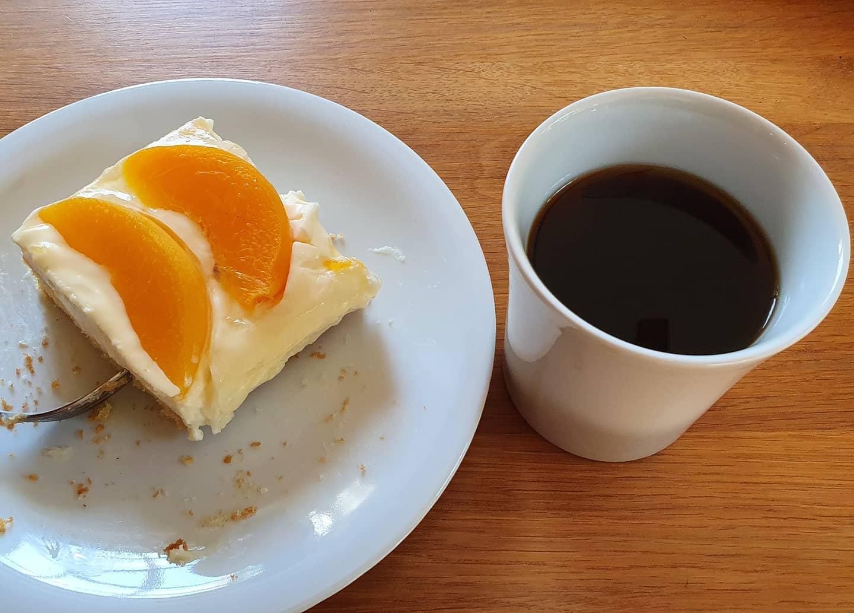 Kuchen bei Kaffee