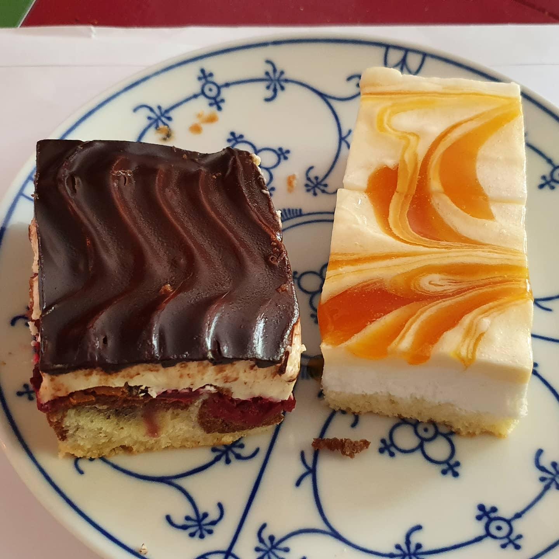 Kuchen an Beilage